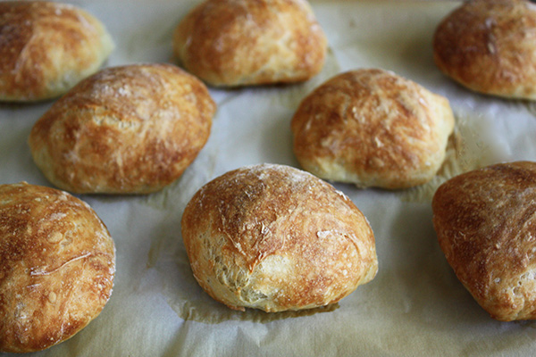 No Knead Crusty Rolls